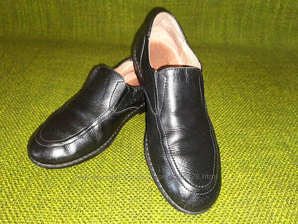 Кожаные черные туфли мокасины Braska. Размер 34. 21,5-22см.