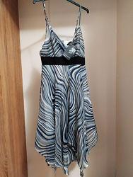 Очаровательное платье сарафан Izabel. Размер М