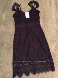 Шикарное кружевное  платье Vintages