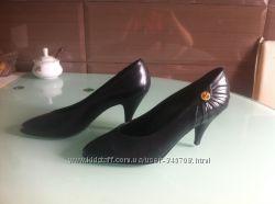 Классические женские кожаные туфли, 38 размер