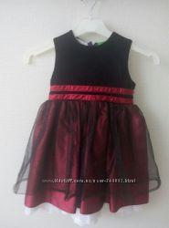 нарядное платье на 3-4 года и туфельки в подарок
