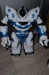 Новый радиоуправляемый робот Jia Qi Super Robot TT331 на инфракрасном управ
