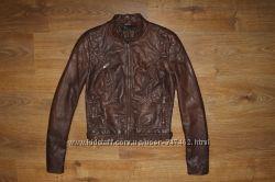 Стильна жіноча курточка ZARA