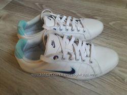 Nike Кожаные кеды р 38. 5