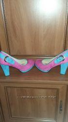 Туфли яркие и стильньіе