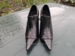 Кожанные красивые туфли