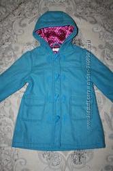 Шикарное , фирменное пальто в идеальном состоянии