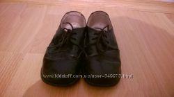 Туфли лакированные на мальчика