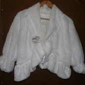 болеро женское 46-52искус. мех одевала 1 раз. дополнит образ