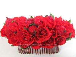 Гребень с красными розами из фоамирана. Ручная работа.