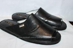 Мужские кожаные тапочки мод. 701 черные все размеры