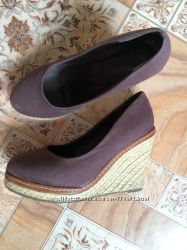 Продам туфли для девушки