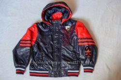 Отличная стильная куртка утепленная ветровка