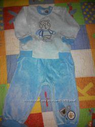 Велюровый спортивный костюм на 6-12мес.
