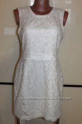 Нарядное платье-футляр бренда H & M , размер EUR 40, на 44 р