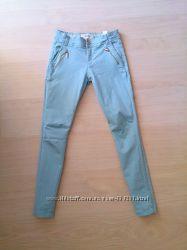 Брюки, штаны, джинсы Reserved