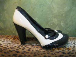 Туфли женские на каблуке 39 размера New look