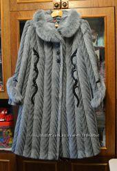 Фирменное пальто женское, зимнее, новое, очень тёплое и красивое