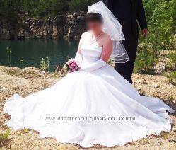 Свадебное платье 46, 48, 50 р  диадема, колье, весільна сукня, плаття