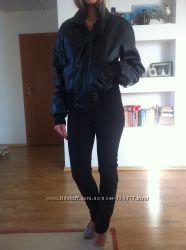 черная кожанная куртка ферре