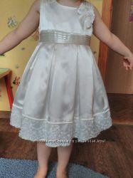 Праздничное платье 92р.