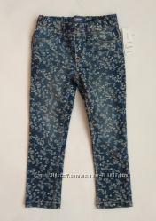 Стильные модные джинсы на девочку