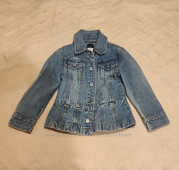 Джинсовая куртка gap для девочки на 4-5 лет