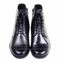 Ботинки VAGABOND   39  размера.  Модель 2016 г. Обуты  1  раз.