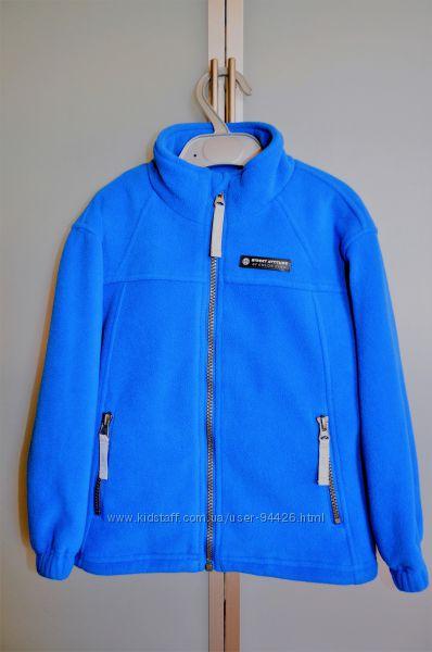 Оригинал из Дании. Отличная флисовая куртка с подкладкой на 3-5 лет
