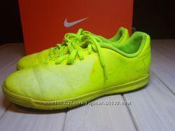 Nike футбольные бутсы для зала и поля, US 3. 5, стелька 23 см