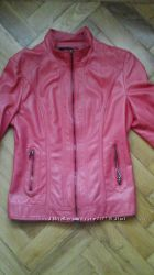 куртка кораллового цвета 44р