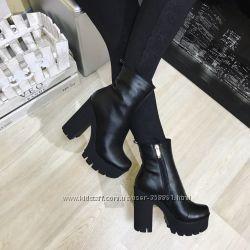 Стильные ботинки Деми и Зима