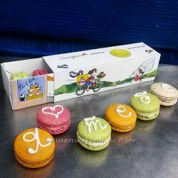 Пирожные Макарон с буквами - сладкий подарок для любимых