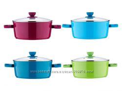 Большой ассортимент посуды  сковородки  кастрюли - ножи  по оптовым цена