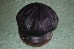 Кожаная кепка демисезон для женщины