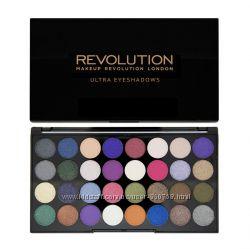 Палетка тіней Makeup Revolution 32 відтінка Великобритания