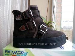 Кожаные ботинки Испания новые 25 см