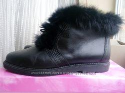 Кожаные чёрные ботинки Италия Утепленные Стелька 23 см