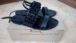 Сандалии босоножки Mango 37 р. 25 см стелька, одеты один раз