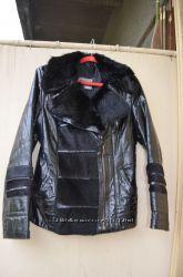 Продам кожаную-лаковую куртку
