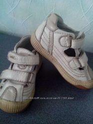 Кожаные туфли - мокасины UFO 23 р.
