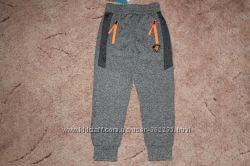 Спортивные брюки на мальчиков разные модели
