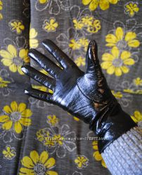 Перчатки женские зима натуральная лакированная кожа 8