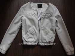 Курточка Amisu New Yorker молочного цвета