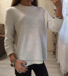 Белоснежный ангоровый свитерок Zara
