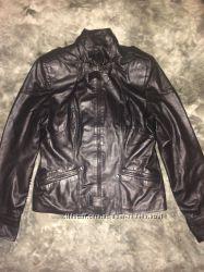 Фирменная кожаная куртка как новая фирмы GARRU размер 48