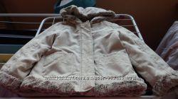 Легкая деми куртка на девочку Palomino от C&A в состоянии новой, р. 116