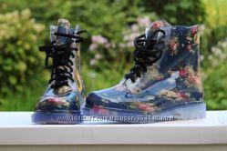 Силиконовые ботинки на шнурке, очень стильные 2 цвета