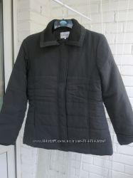 Курточка демісезонна нова.
