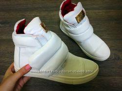Ботинки на липучке Love M. кожа, белые, золото